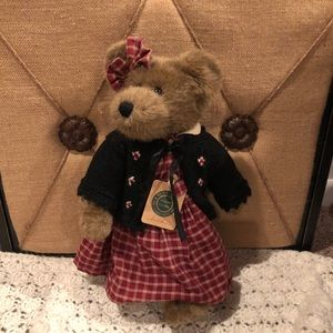 "Boyd's Bears Investment Collection ""Lisa"""